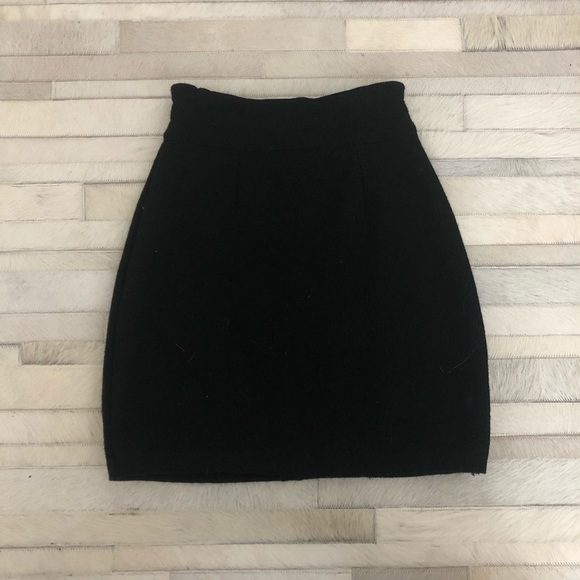 Dresses & Skirts - Small Black Sweater Skirt